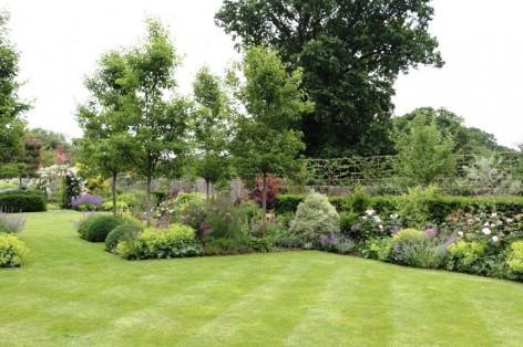 PHOTO B.Brookes garden June 2018 n